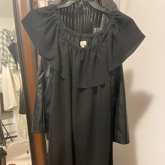Aritzia off the shoulder dress